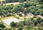 Camping avec Site nature Saint-Laurent-sur-Sèvre - Domaine de l'Eden-2