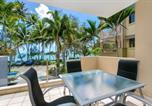Location vacances Palm Cove - Paringa Beachfront Apartment-4