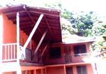 Hôtel Marbella - Salty Pelican Inn & Pub-1