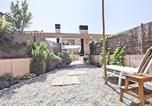 Location vacances la Pera - Parlava House with Shared Swimming Pool-1