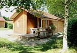 Camping  Acceptant les animaux Jura - Camping Le Champ de Mars-2
