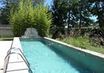 Location vacances Saint-Etienne-du-Grès - Mas des Bourgeois 2-4