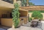 Location vacances Bord de mer de Martigues - Holiday home St Mitre les Remparts 63 with Outdoor Swimmingpool-3