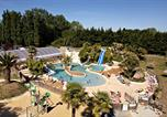Camping avec Parc aquatique / toboggans Saint-Lô-d'Ourville - Camping Domaine de La Ville Huchet-1
