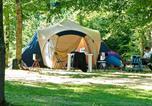 Camping avec Piscine couverte / chauffée Loches - Yelloh! Village - Parc Du Val De Loire-4