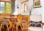 Location vacances Madulain - Apartment Chesa Sonnenuhr 001-2