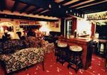 Hôtel Whitestone - Barton Cross Hotel-1
