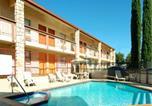 Hôtel Hurst - Best Western Northeast Mall Inn & Suites-1