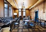 Hôtel Glendale - Brewhouse Inn And Suites-3