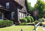 Location vacances Burlington - 1860 House Inn and Rental Home-2