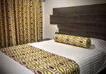 Hôtel Glendale - Glen Capri Inn & Suites Winchester-3