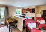 Location vacances Accrington - Holiday Home Clitheroe Road-1