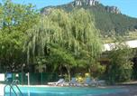 Camping avec Site nature Lozère - Camping Les Cerisiers - Hôtel le Vallon-1