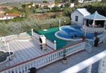 Location vacances Yuncos - Villa Av. de los Rosales-2