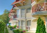 Hôtel Balatonlelle - Lelle Park Apartmanház-2