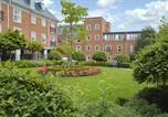 Location vacances York - Spacious City Centre Apartment Centurion Square-1