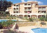 Location vacances Cavalaire-sur-Mer - Residence Lagrange Vacances Le Domaine des Vignes