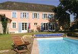 Location vacances La Chapelle-Thémer - Six-Bedroom Holiday Home in Bourneau-1
