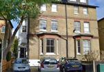 Location vacances Kingston upon Thames - Wimbledon Village Apartment-1
