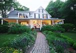 Hôtel Castine - Timbercliffe Cottage Bed and Breakfast-3
