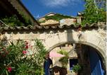 Location vacances Joannas - Chambres d'Hôtes et Gîtes Le Mas Bleu & Spa Resort-2