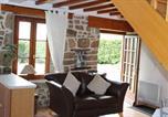 Location vacances Montchamp - Romantic Cottage-4