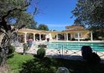 Location vacances Cadenet - Villa provençale au calme absolu