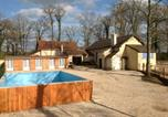 Location vacances Crux-la-Ville - Le Domaine des Étangs de Vaux-1