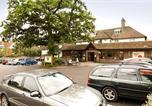 Hôtel Balcombe - Premier Inn Gatwick Crawley Town - Goff's Park-1