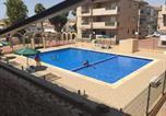 Location vacances Roda - Apartment Urbanización Oasis-1