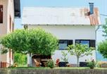 Location vacances Lovinac - Holiday House Lovinac-3