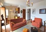 Location vacances Trecase - Holiday Home Torre Annunziata (Na) with Sea View I-3