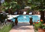 Hôtel Aït Ourir - Riad and Villa Emy Les Une Nuits-1
