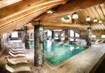 Location vacances Montvalezan - Résidence Les Cimes Blanches