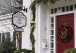 Hôtel Oneonta - The White House Inn-4