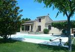 Location vacances Caumont-sur-Durance - Maison Des Oiseaux-4