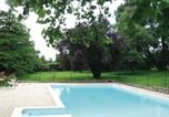 Location vacances La Chapelle-Thireuil - Holiday Home Rue Leon Bienvenu-3