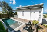 Location vacances Coolum Beach - House Two at 42 Avocet Parade-3