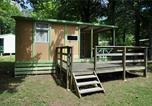 Camping avec Club enfants / Top famille Champs-Romain - Flower Camping de la Base de Loisirs de Rouffiac-2