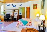 Location vacances Volcano - Spacious Private Room in Volcano with Lanai-3