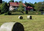 Location vacances Foncine-le-Haut - Le Castel Blanc-1