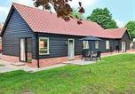 Hôtel Thornham Magna - Sycamore Cottage-1