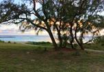Location vacances Belle Mare - La Croix du Sud-1
