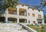 Location vacances Santa-Maria-Figaniella - Four-Bedroom Apartment in Propriano-1