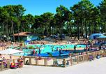 Camping avec Piscine Vensac - Camping Medoc plage-1