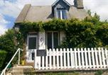 Location vacances Perriers-en-Beauficel - Tick Tock Cottage-4