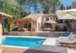 Location vacances Bagnols-en-Forêt - Five-Bedroom Holiday Home in Bagnols en Foret-1