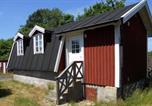 Location vacances Karlskrona - One-Bedroom Holiday home in Drottningskär-1