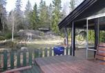 Location vacances Norrtälje - Three-Bedroom Holiday home with a Fireplace in Norrtälje-2