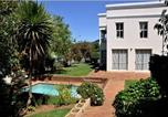 Location vacances Bellville - Bell Rosen Guesthouse & Conference Centre-2